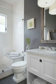 Minimalist Master Bathroom Remodel Ideas19