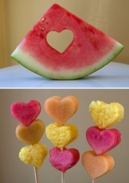 Popular Fruit Decoration Ideas For Valentines Day 37