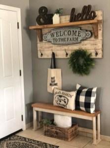 Beautiful Rustic Entryway Decor Ideas10