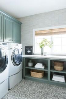 Brilliant Small Laundry Room Decor Ideas30