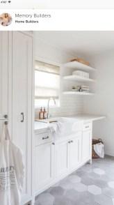 Brilliant Small Laundry Room Decor Ideas39