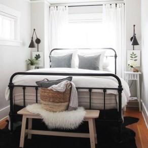 Brilliant Small Master Bedroom Ideas19