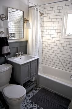 Incredible Small Bathroom Remodel Ideas16