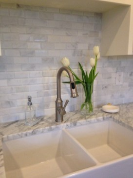 Latest Kitchen Backsplash Tile Ideas24