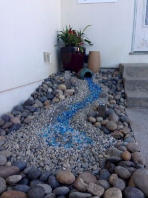 Minimalist Front Yard Landscaping Ideas On A Budget06