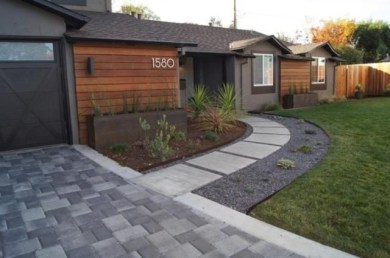 Minimalist Front Yard Landscaping Ideas On A Budget27