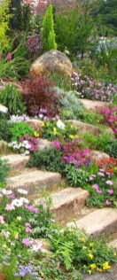 Minimalist Front Yard Landscaping Ideas On A Budget37