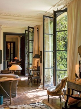 Pretty French Country Living Room Design Ideas10