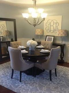 Stunning Small Dining Room Table Ideas26
