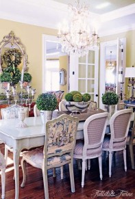 Wonderful French Country Dining Room Table Decor Ideas28