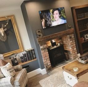 Creative Industrial Living Room Designs Ideas38