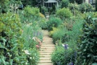 Simple Small Flower Gardens And Plants Ideas43