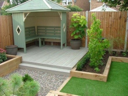 Awesome Small Garden Fence Ideas03