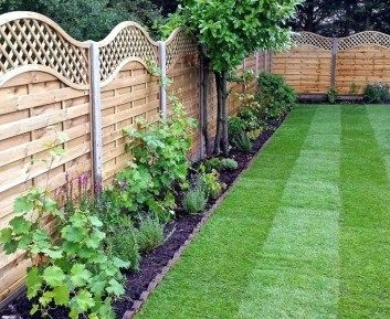 Awesome Small Garden Fence Ideas11