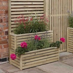 Awesome Small Garden Fence Ideas20