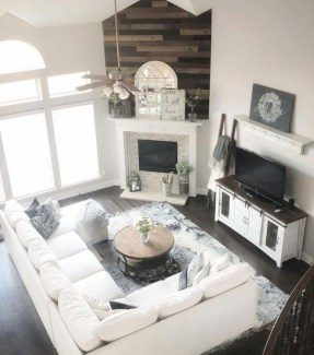 Beautiful Farmhouse Living Room Decor Ideas30