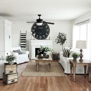 Beautiful Farmhouse Living Room Decor Ideas38