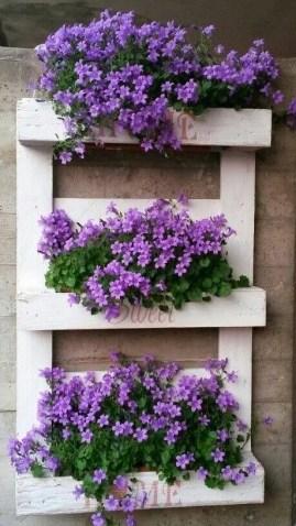 Brilliant Vertical Gardening Ideas25