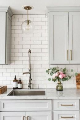 Cool Farmhouse Kitchen Color Design Ideas17