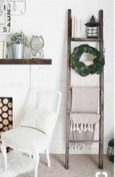Elegant Antique Farmhouse Decoration Ideas For Home06