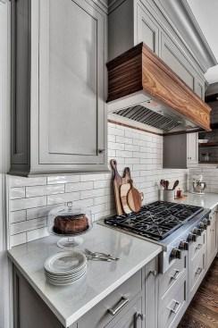 Fabulous Kitchen Decoration Design Ideas With Farmhouse Style17