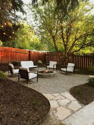 Magnificient Gravel Landscaping Design Ideas For Backyard07