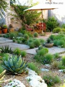 Magnificient Gravel Landscaping Design Ideas For Backyard18