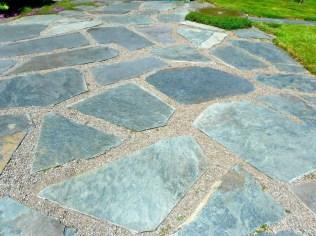 Magnificient Gravel Landscaping Design Ideas For Backyard22