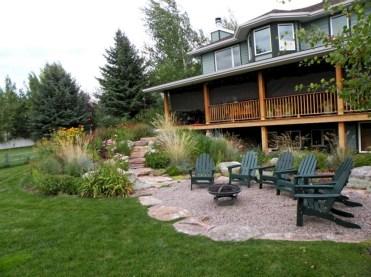 Magnificient Gravel Landscaping Design Ideas For Backyard48
