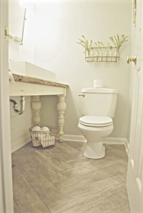 Outstanding Bathroom Makeovers Ideas For Small Space33