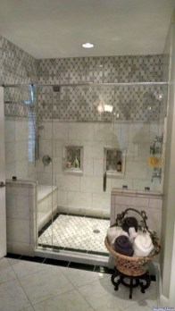 Outstanding Bathroom Makeovers Ideas For Small Space39