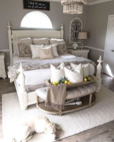 Smart Bedroom Decor Ideas With Farmhouse Style13
