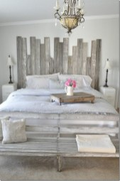 Smart Bedroom Decor Ideas With Farmhouse Style28