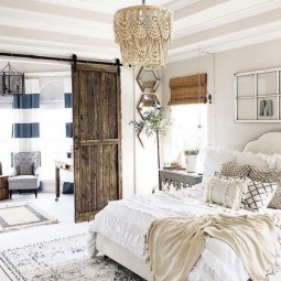 Smart Bedroom Decor Ideas With Farmhouse Style32