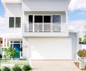Wonderful Beach House Exterior Color Ideas12