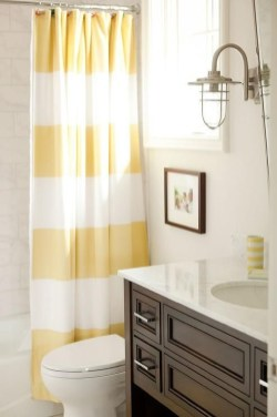Wonderful Yellow And White Bathroom Ideas21