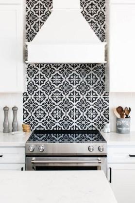 Gorgeous Kitchen Backsplash Design Ideas32