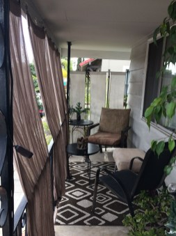 Inexpensive Apartment Patio Ideas On A Budget12