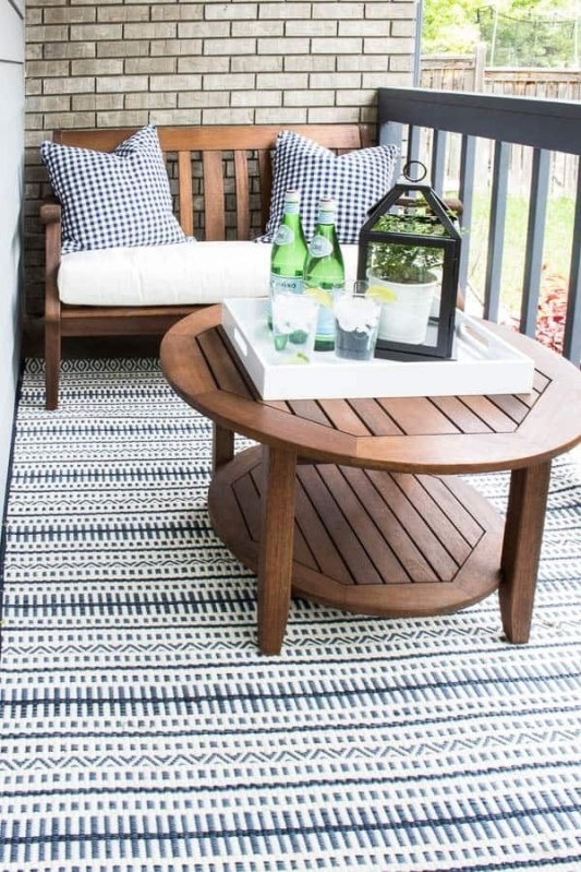 Inexpensive Apartment Patio Ideas On A Budget42