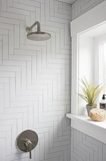 Brilliant Bathroom Tile Design Ideas That Very Inspiring 04