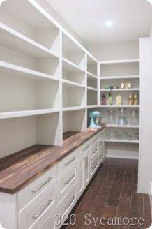 Catchy Kitchen Pantry Design Ideas13