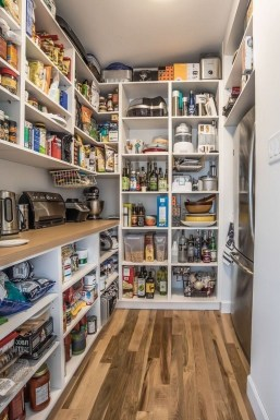 Catchy Kitchen Pantry Design Ideas35