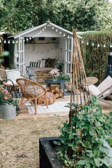 Extraordinary Summer Garden Ideas Just For You 09
