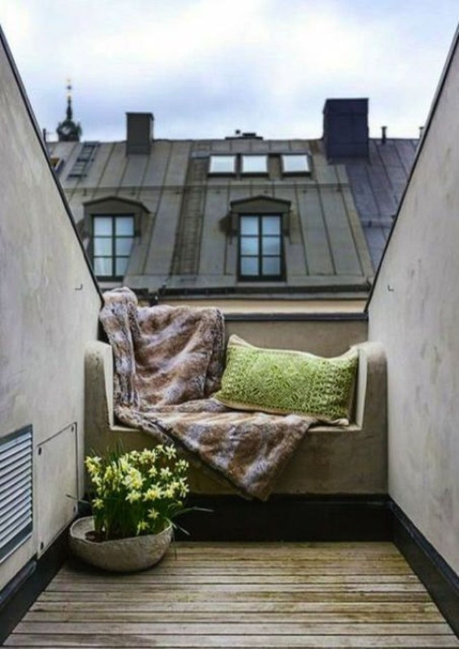 Inspiring Wooden Floor Design Ideas On Balcony For Your Apartment 06