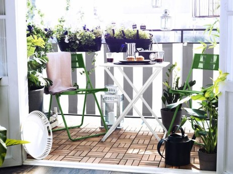 Inspiring Wooden Floor Design Ideas On Balcony For Your Apartment 07