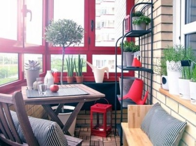 Inspiring Wooden Floor Design Ideas On Balcony For Your Apartment 15
