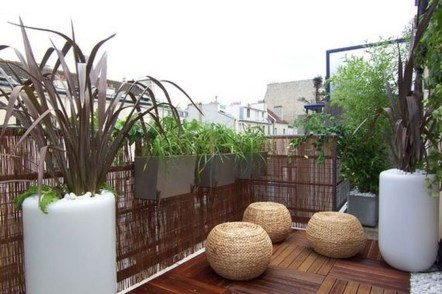 Inspiring Wooden Floor Design Ideas On Balcony For Your Apartment 23
