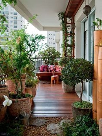 Inspiring Wooden Floor Design Ideas On Balcony For Your Apartment 24