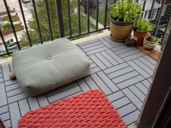 Inspiring Wooden Floor Design Ideas On Balcony For Your Apartment 43