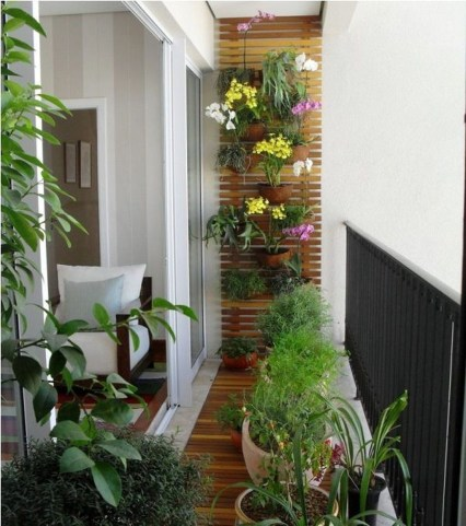 Inspiring Wooden Floor Design Ideas On Balcony For Your Apartment 50